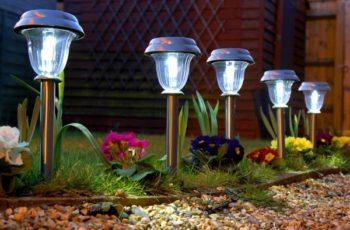 Lámparas-solares-para-el-jardín