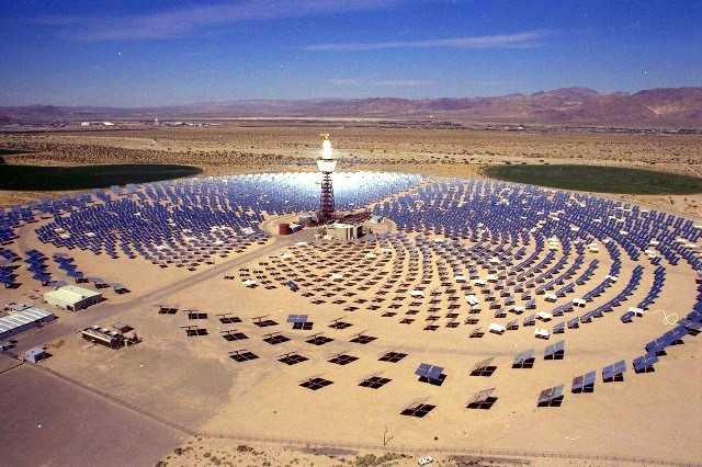 Marruecos instala en su desierto una planta solar